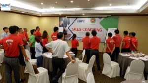 cách huấn luyện nhân viên bán hàng