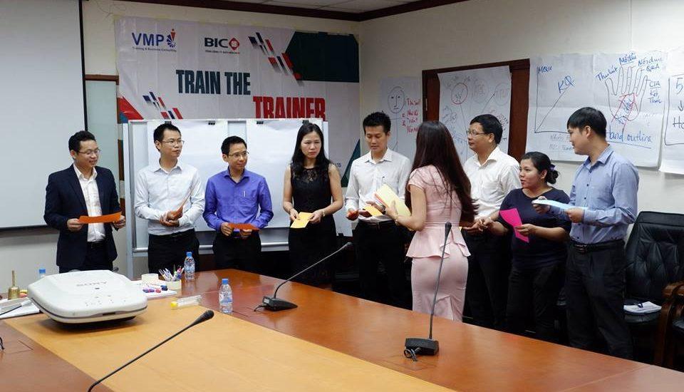 Lớp đào tạo trainer chuyên nghiệp mang đến cho học viên những điều gì