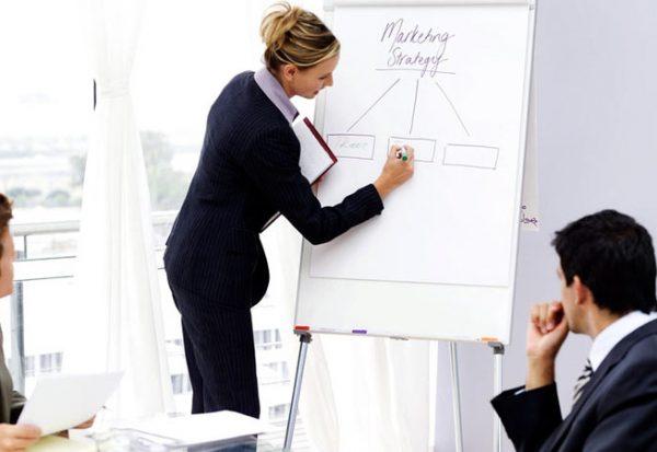 huấn luyện nhân viên thường xuyên