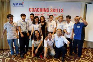 huấn luyện và kèm cặp nhân viên